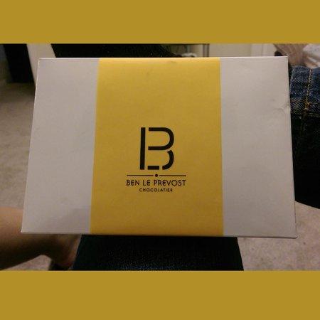 Ben Le Prevost Chocolatier: Great packaging.