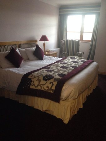 Loughshore Hotel: Room 222