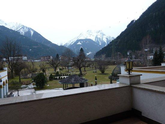 Alpendomizil Neuhaus: вид с террасы