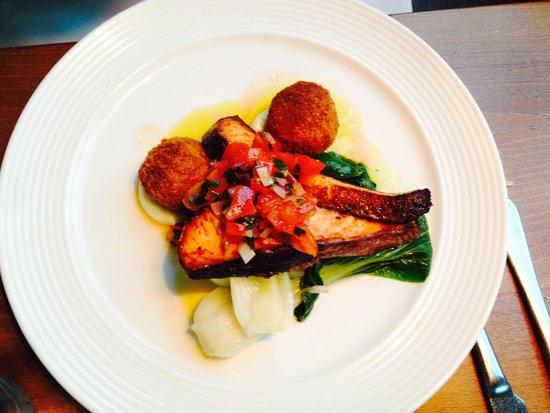 Hawkwell House Hotel: Fish dish
