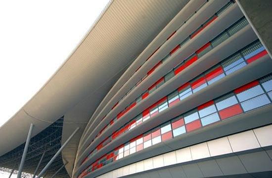 Ferrari World Abu Dhabi: ..esterno