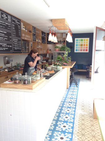 The Circus Apartments: A great little cafe in the apartment block