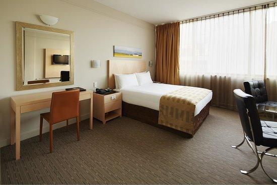Quality Hotel Ambassador Perth: Corporate Room
