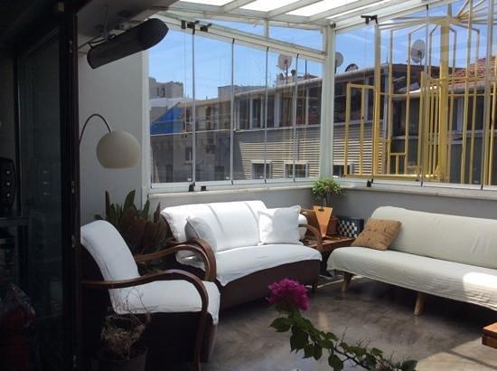 I'zaz Lofts: Roof terrace