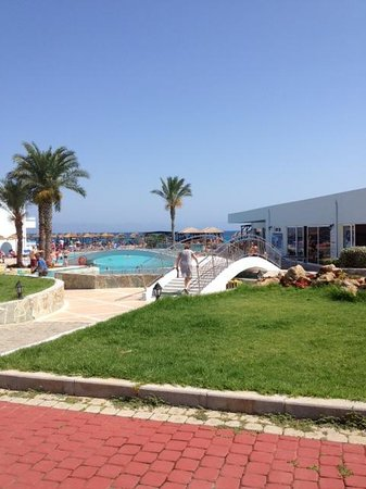 Avra Beach Resort Hotel - Bungalows : Avra Beach