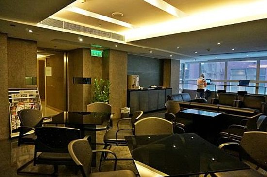Hotel Benito: access to lounge is by authorized room key card
