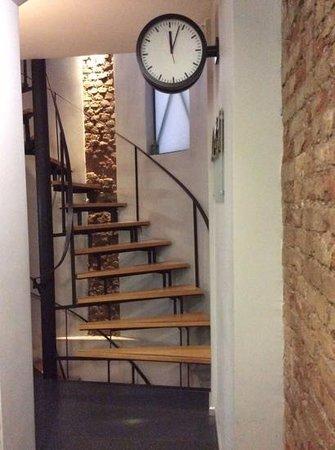 I'zaz Lofts: Hallway