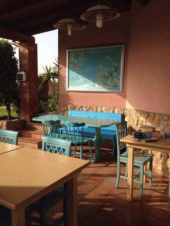 Sicilia Bella di Siracusa: Si mangia e si chiacchiera in questo angolo dotato di ogni confort