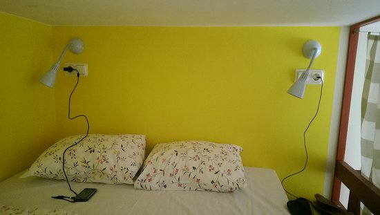 """Soul Kitchen Junior Hostel: кровать на втором этаже в """"семейном"""" номере"""