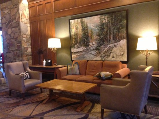 Fairmont Chateau Whistler Resort : Lobby