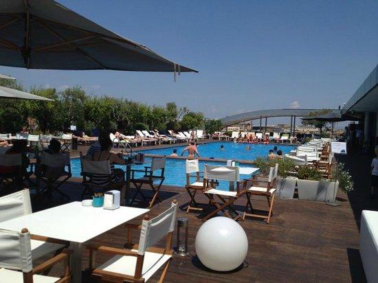 Hall picture of radisson blu es hotel roma rome - Hotel piscina roma ...