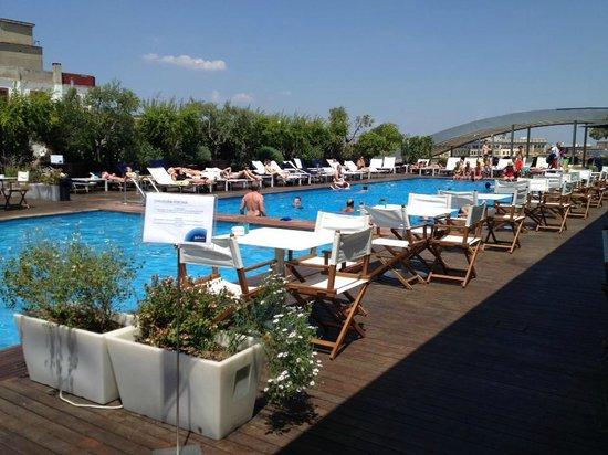Piscina foto di radisson blu es hotel roma roma for Piscina roma