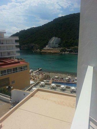 Sirenis Cala Llonga Resort: view from balcony