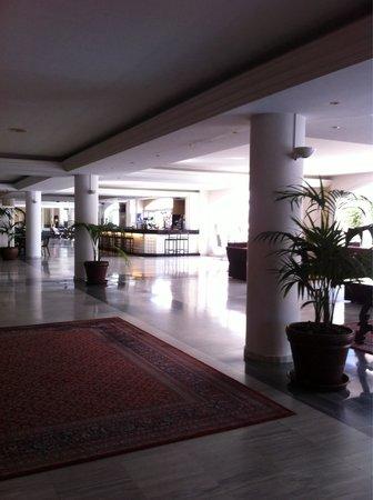 Augusta Club Hotel & Spa - Adults Only: Atrio piano terra