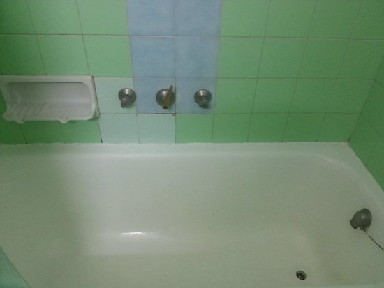 Hotel Rovira : griferia ducha