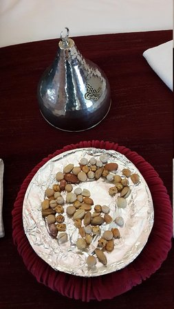 Sultan Tughra Hotel: A welcome gift of nuts on arrival