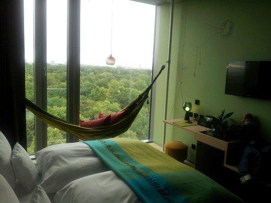 25hours Hotel Bikini Berlin: Jungle room (9ème étage)