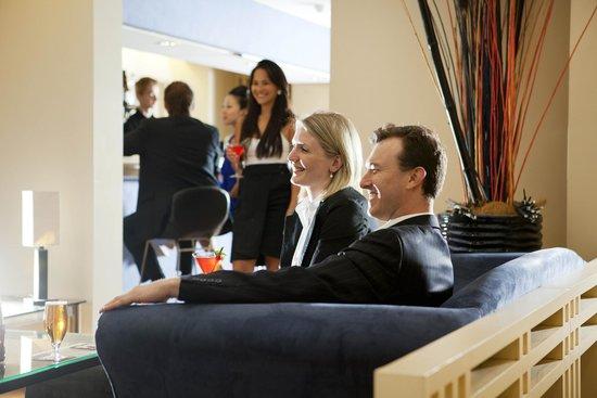 Quality Hotel Ambassador Perth: Cafe 196