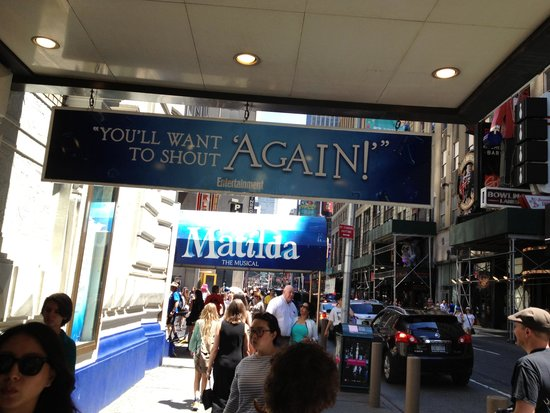 Matilda The Musical : Matilda - signs