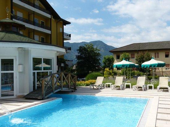 Sport&Wellness Hotel Cristallo : Aussenanlage