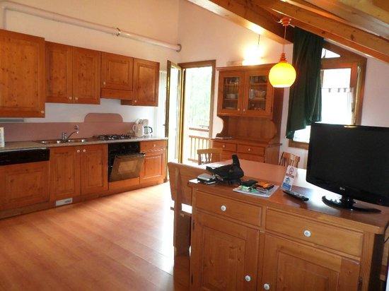 Residence Piz Aot: La cucina