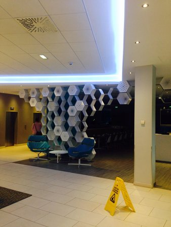 Novotel Manchester Centre: Reception atea