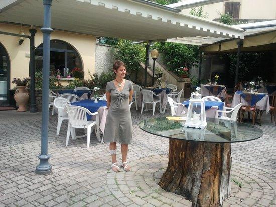Ristorante Hotel Cassone: pranzo all'aperto