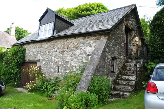 Easdon Cottage: The Barn