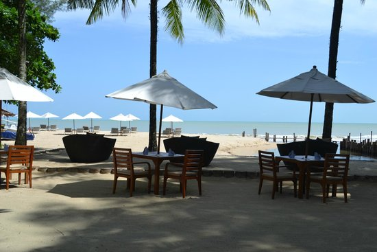 The Sarojin: view from Edge restaurant onto beach
