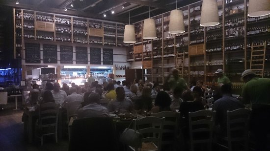 Karatello Restaurant: Inside the restaurant