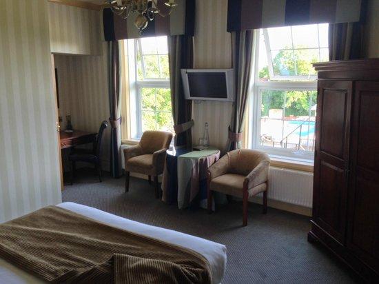 Balmer Lawn: Our Room