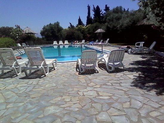 Kassiopi Bay: pool