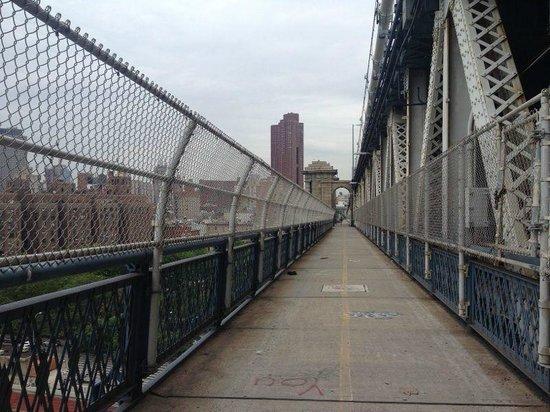 Manhattan Bridge: мост