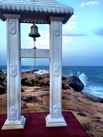 JC Guesthouse : Temple at Kirinda (10-15 mins walk)