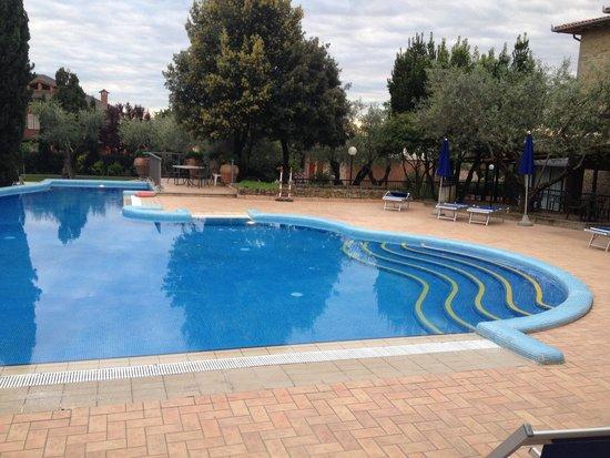 Villa Paradiso Village : La piscina!��