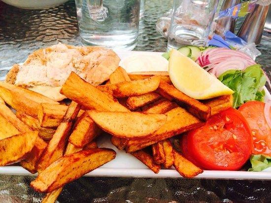 Amanda's: Nice and fresh crab.