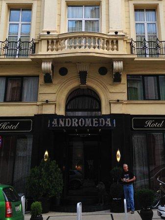 Andromeda Thessaloniki: Entrance of the Andromeda