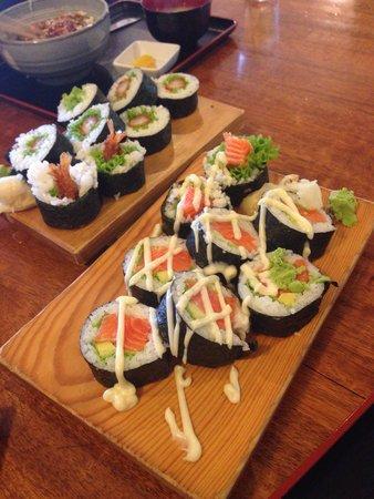 Yamato Japanese Restaurant : so mush sushi :)