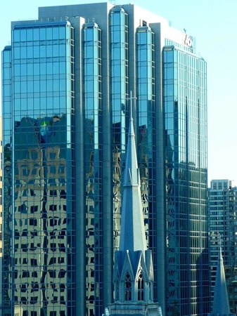 Vancouver Downtown: Reflections.