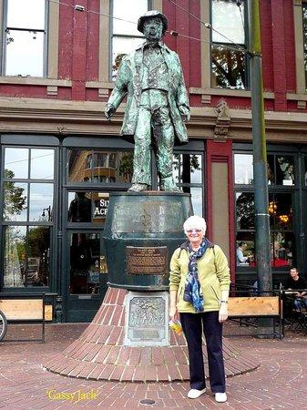 Centre-ville de Vancouver : Gassy Jack founder of Gas Town.