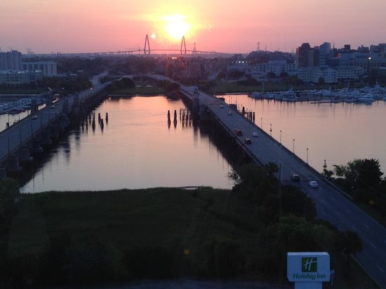 Holiday Inn Charleston Riverview: Good Morning Charleston