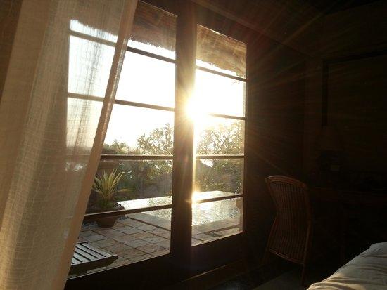 Four Seasons Resort Bali at Jimbaran Bay : in the morning at the bed