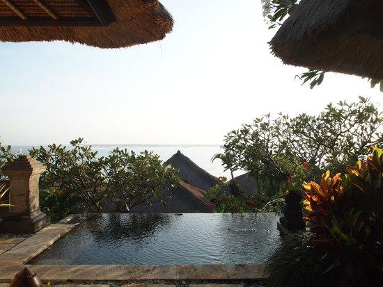 Four Seasons Resort Bali at Jimbaran Bay : the pool