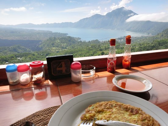 BaliGoBike - Bali Cycling Tours: A light breakfast with a view