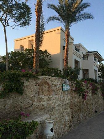 Stella Di Mare Beach Hotel & Spa: виллы
