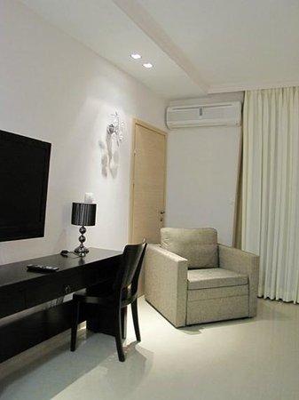 Royalty Suites: suite