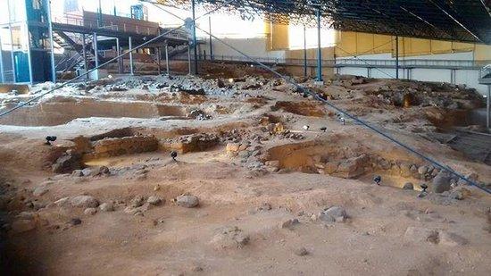Museo y Parque Arqueologico Cueva Pintada : Parque arqueológico.