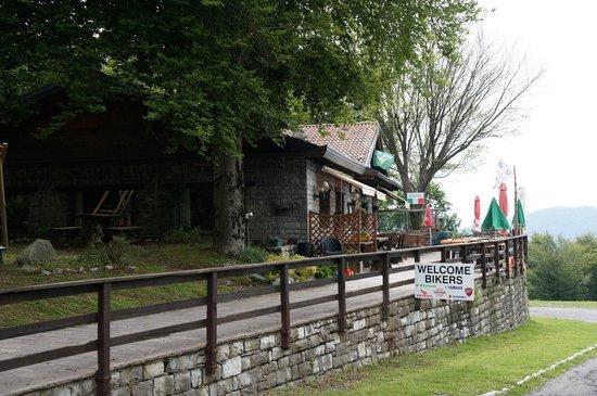 Belvedere della Sighignola: Cafe at Scuola Sci Valle D'Intelvi