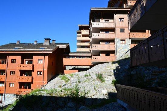 Residence CGH Le Village de Lessy : vue terrasse