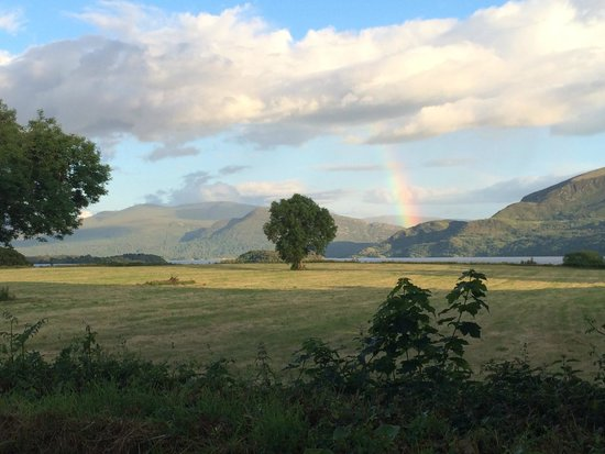Loch Lein Country House: Pot of gold under the rainbow is family-run Loch Lein